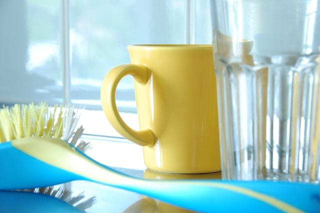 kartáč na nádobí