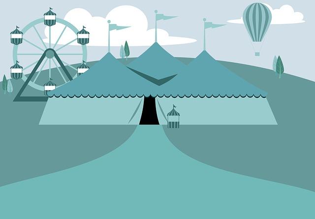 cirkusový stan.jpg