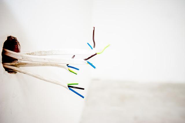 kabely ve zdi.jpg